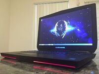 GAMING Alienware 17 R2 - mint condition, i7/ GTX 980M/1TB + SSD/FULL HD!