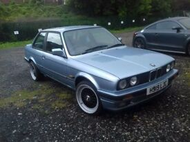 Bmw E30 1.6 petrol , manual , only one owner from new done 77k miles