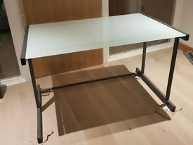 Tempered glass Desk - 125x75
