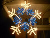 2 X SNOWFLAKES XL FLASHING ROPE LIGHT CHRISTMAS DECS IN/OUTDOOR USE, APPROX 26""