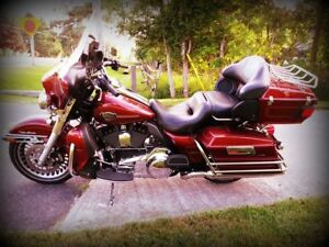 *Low miles, Best Price* H D Electra Glide Ultra Class