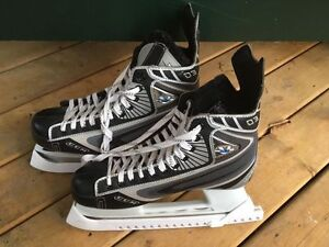 Hockey skate - CCM Vector 03