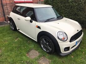 MINI FIRST HATCHBACK 2010(59 reg) 1.4L IMMACULATE CONDITION