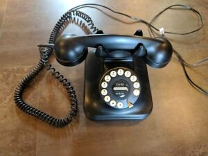 Classic old fashioned style phone,  push button technology