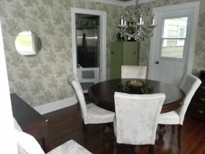 Pedestal Table and six chairs
