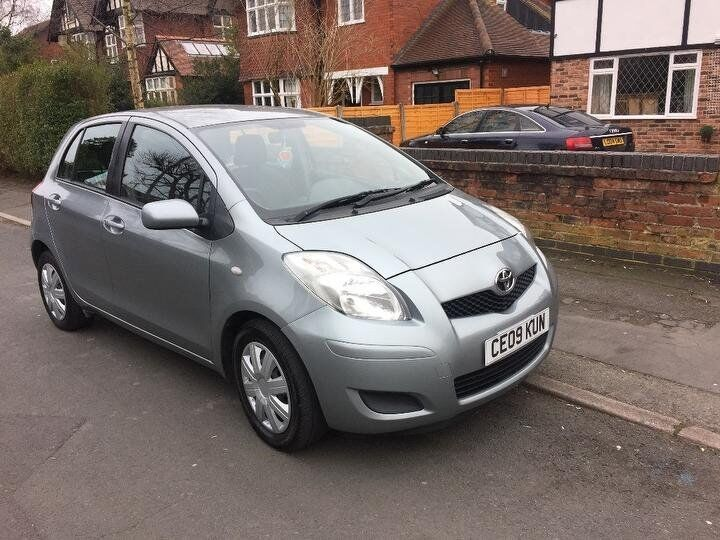 Toyota Yaris 1.33 VVT I TR 5dr 2009 6 Speed Only £30 Road Tax