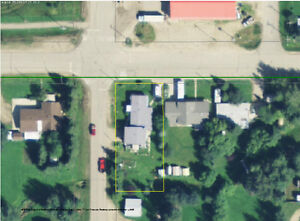 4825-50 Ave Rocky Rapids, AB - 5mins from Drayton Valley
