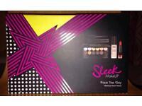 Sleek make up set