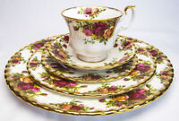ROYAL ALBERT OLD COUNTRY ROSES SET 49 PIECES ENGLAND