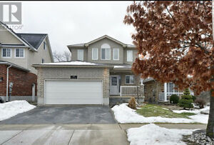** DETACHED HOME WITH WALK OUT BSMT ** IN HIGH DEMAND CAMBRIDGE