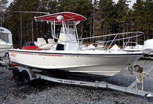 1995 Boston Whaler Outrage 21 - SOLD -