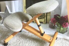 Ergonomic Kneeling Back Support Chair