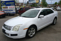 2006 Ford Fusion SE Sedan CLEAN CARFAX 4yrs FREE OIL CHANGES