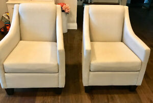 Chaise lounge couch and beautiful pocket chairs for sale