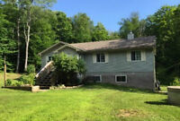 Beautiful Country Home in Parry Sound