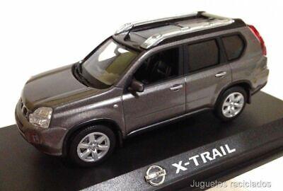 Nissan X-TRAIL 1:43 NOREV Diecast coche concesionario
