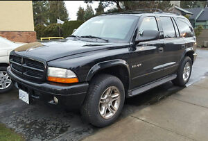 2002 Dodge Durango R/T - Local 7 Passenger Suv ****NEW TIRES****
