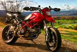 2008 Ducati Hypermotard 1100 low km, lots of extras