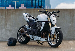 Kawasaki z1000 street fighter