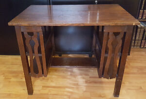ANTIQUE MISSION-STYLE LIBRARY TABLE