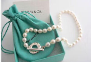 Tiffany & Co. Sterling Silver and Pearl Toggle Neclace 17.5 inch
