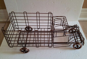 Metal Wire Truck Wine Champagne Bottle Holder London Ontario image 3