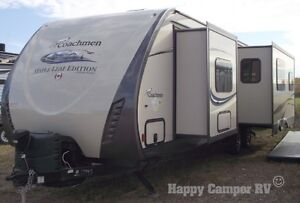30' Prestigious Travel Trailer with Bedroom Slide-out Moose Jaw Regina Area image 2
