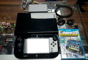 Nintendo Wii U 32gb deluxe game pad + console + cables