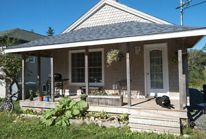 Cozy Cottage, 20 minutes from Bayers Lake until July 2017