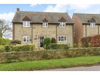Executive 5 bed detached cottage in a quiet village near Swindon to let