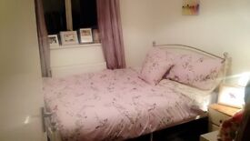 Double Room to rent in a 4 bed house