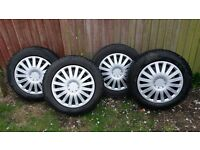 4x108 15inch balanced wheel with 4 good winter tyres (Citroen Peugeot Ford...)