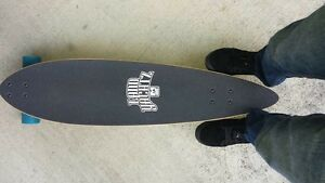 Land yatchz long board