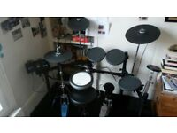 Yamaha dtx 522 electric drums