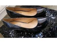 Gorgeous black small heels bnib size 7