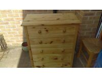 large 5 drawer pine chest of drawers - free delivery