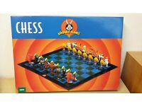 Looney Tunes Chess set