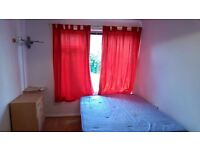 Large Double Room Available in Stapleford Cl, Kingston INC BILLS