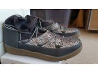 Nio Nio Grey Glitter Ankle Boots