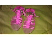 ladies pink summer sandals UK 5