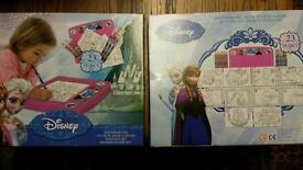 Official Disney Frozen 23 piece drawing board set