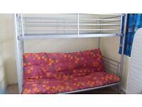 Bunkbed with futon