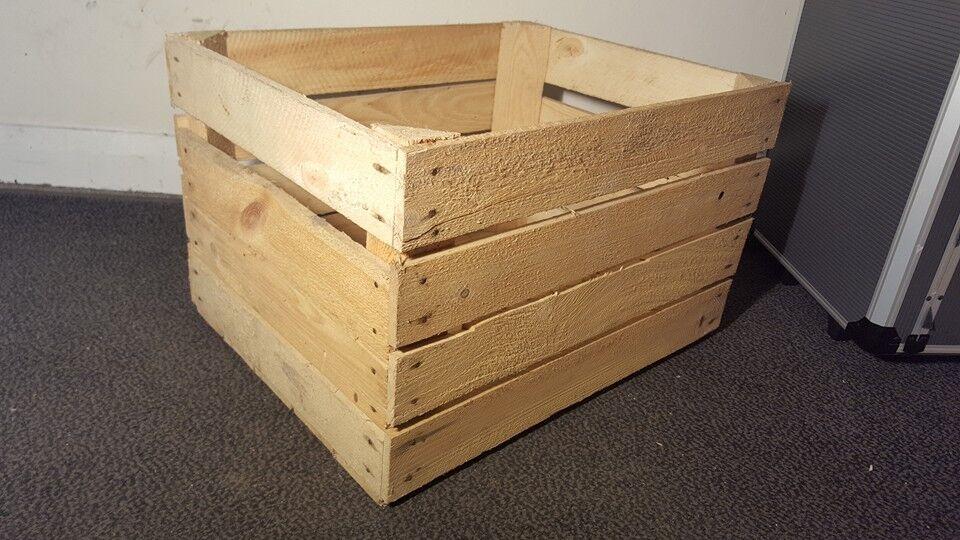 Light natural vintage wooden apple fruit crate rustic old for Vintage apple boxes