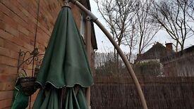 Large green Tilting sun parasol