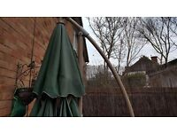 Large green Tilting sun parasol