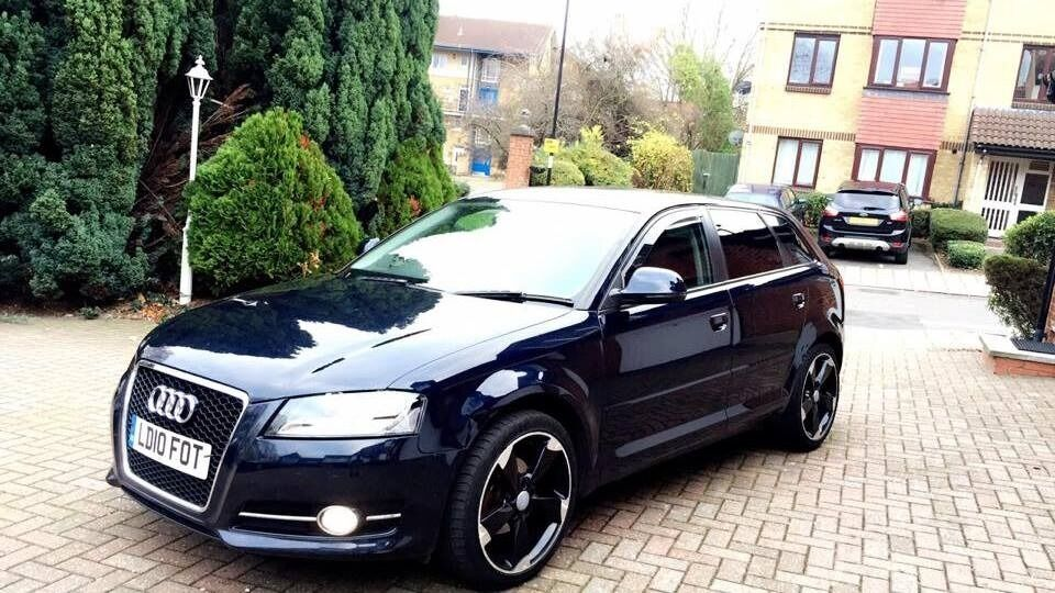 2010 audi a3 1 6 tdi s tronic 5dr sportback full s history long mot diesel dark blue px. Black Bedroom Furniture Sets. Home Design Ideas