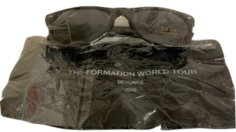 Beyonce Formation World Tour Sunglasses with carry bag black UV 400 protection