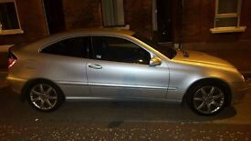Mercedes benz c220 for sale