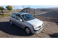 2004 Renault Clio 1.1 MOT 11/17 low miles! Ideal first car! Cheap cars