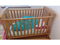 Baby / Toddler cot with mattress